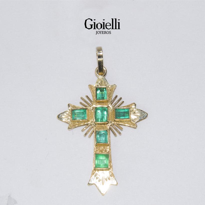 dije cruz custodia en oro con esmeraldas